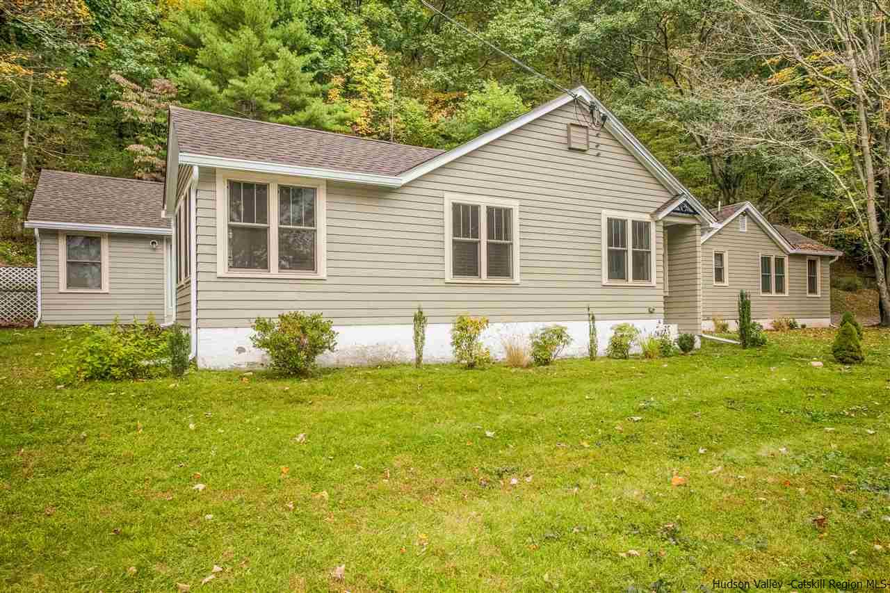 Single Family Home for Sale at 77 Canaan Road 77 Canaan Road New Paltz, New York 12561 United States
