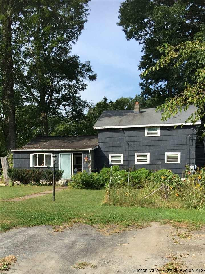 Single Family Home for Sale at 210-214 Sawmill Road 210-214 Sawmill Road Lake Katrine, New York 12449 United States