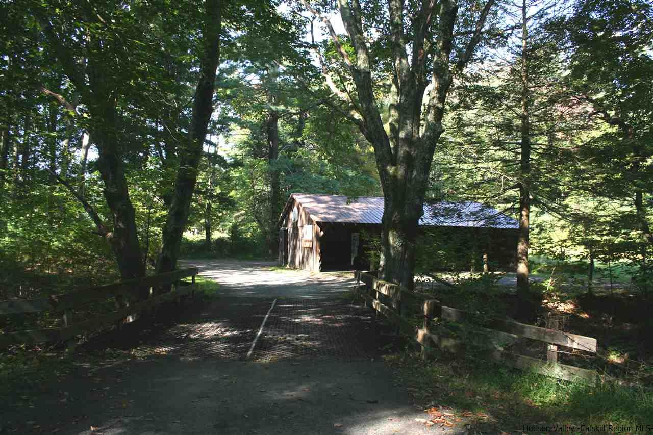 Additional photo for property listing at 260 Upper Cherrytown Road 260 Upper Cherrytown Road Kerhonkson, New York 12484 United States