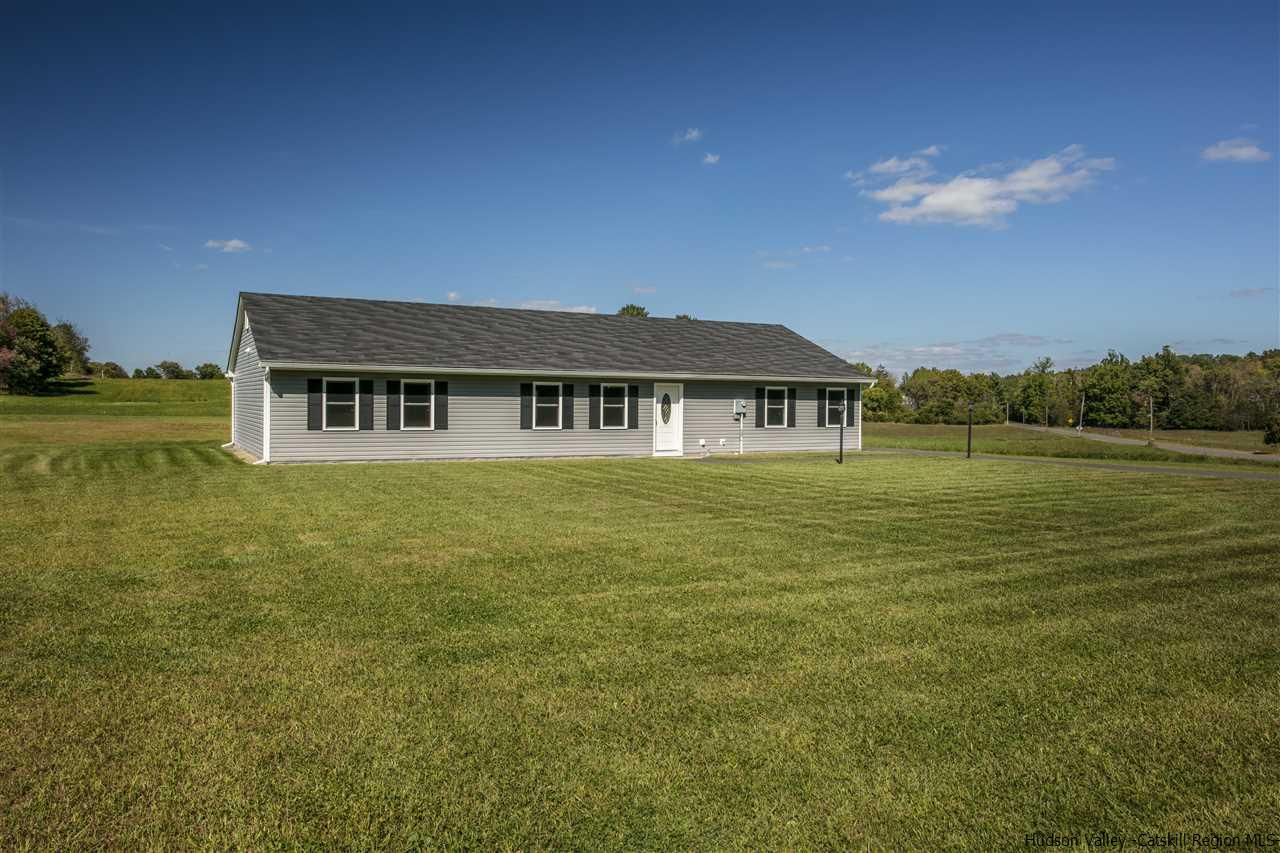 Single Family Home for Sale at 472 Water Street Road 472 Water Street Road Hudson, New York 12534 United States