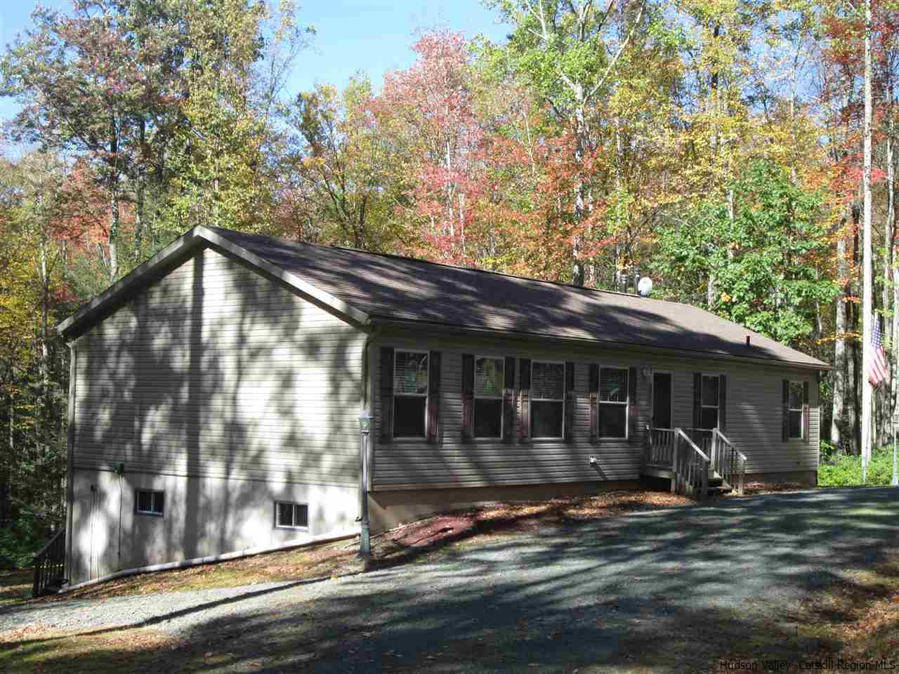 Single Family Home for Sale at 223 Lackawack Hill Road 223 Lackawack Hill Road Napanoch, New York 12458 United States