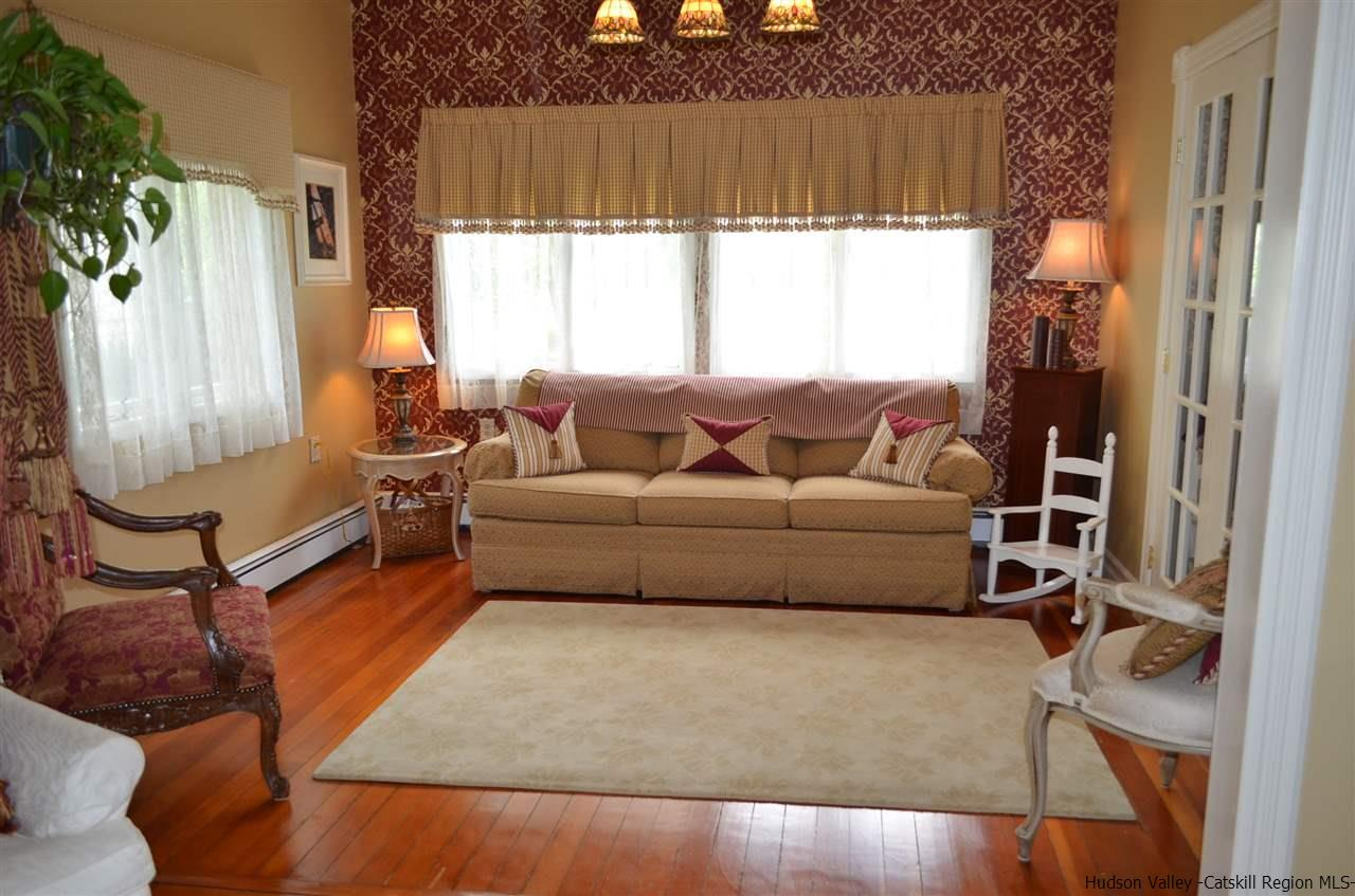 Additional photo for property listing at 46 Old Post Road 46 Old Post Road Hyde Park, New York 12580 United States