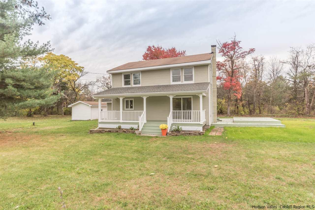 Single Family Home for Sale at 275 Mettacahonts Road 275 Mettacahonts Road Accord, New York 12404 United States