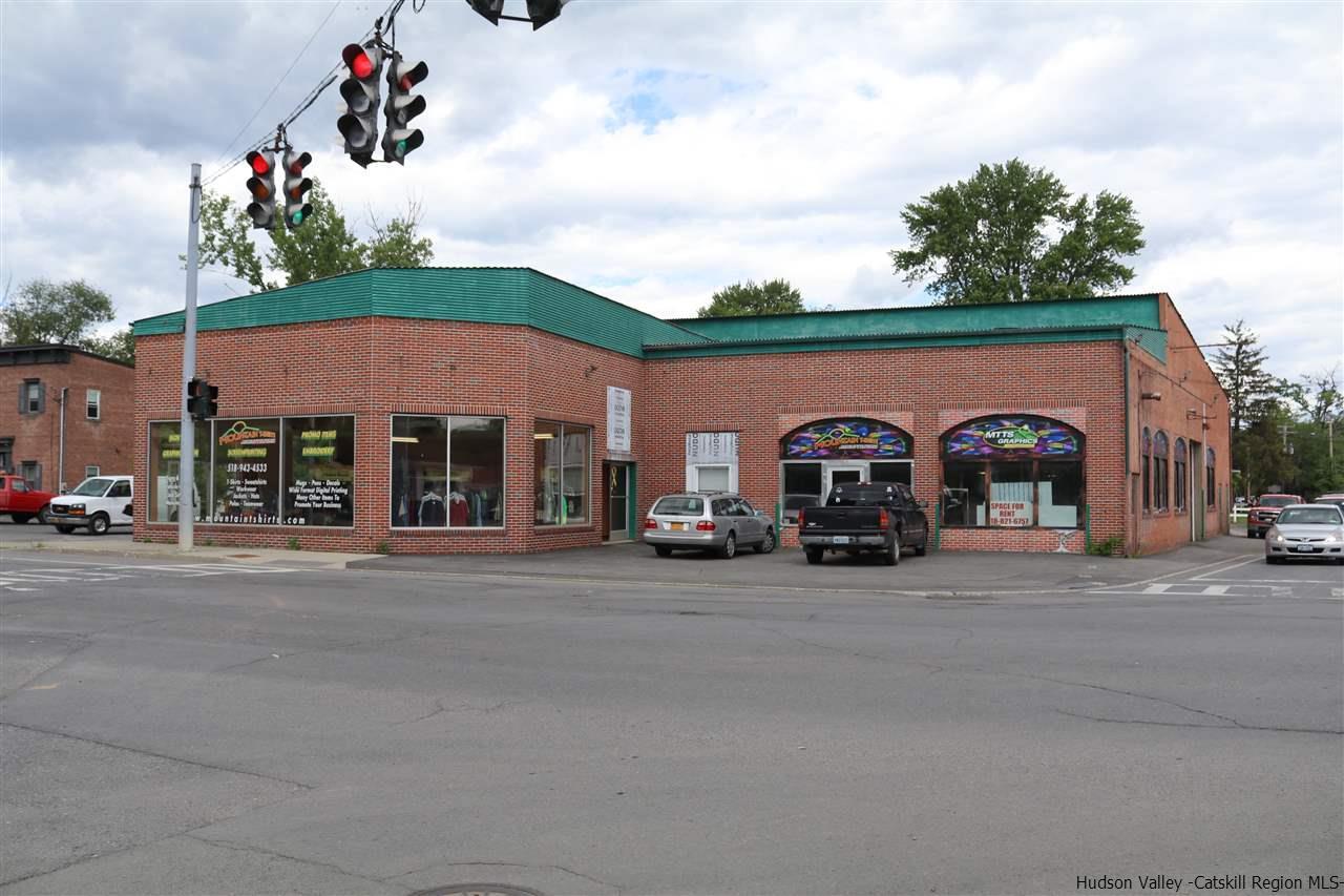 Single Family Home for Sale at 8 W Bridge Street 8 W Bridge Street Catskill, New York 12414 United States