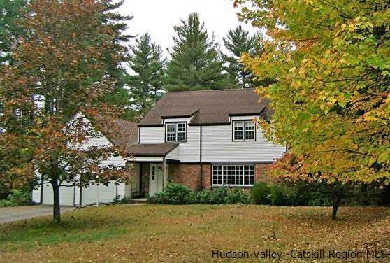 Single Family Home for Sale at 35 Wardwell Lane 35 Wardwell Lane Woodstock, New York 12498 United States