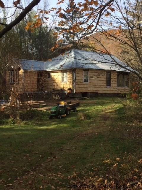 Single Family Home for Sale at 72 Fox Hollow Road 72 Fox Hollow Road Phoenicia, New York 12480 United States