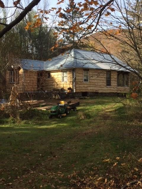 Additional photo for property listing at 72 Fox Hollow Road 72 Fox Hollow Road Phoenicia, New York 12480 United States