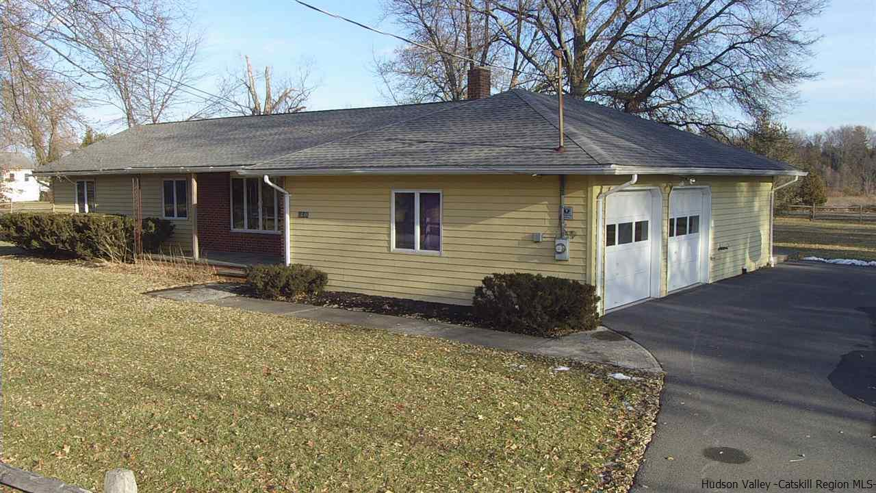 Single Family Home for Sale at 1648 Old Kings Highway 1648 Old Kings Highway Saugerties, New York 12477 United States