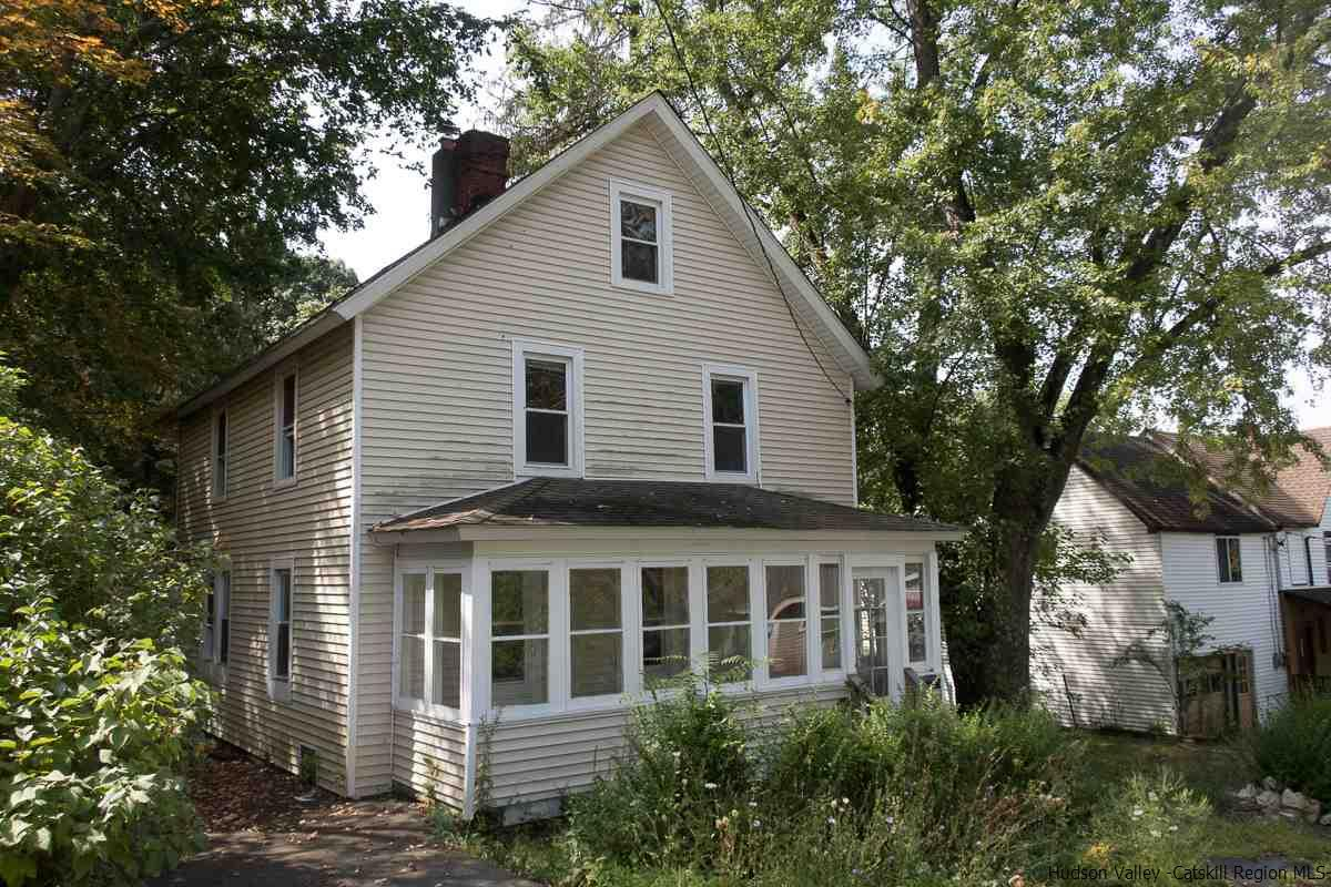 Single Family Home for Sale at 37 Chapel 37 Chapel Ellenville, New York 12428 United States