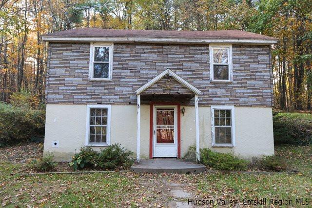 Single Family Home for Sale at 271 High Falls Road 271 High Falls Road Saugerties, New York 12477 United States