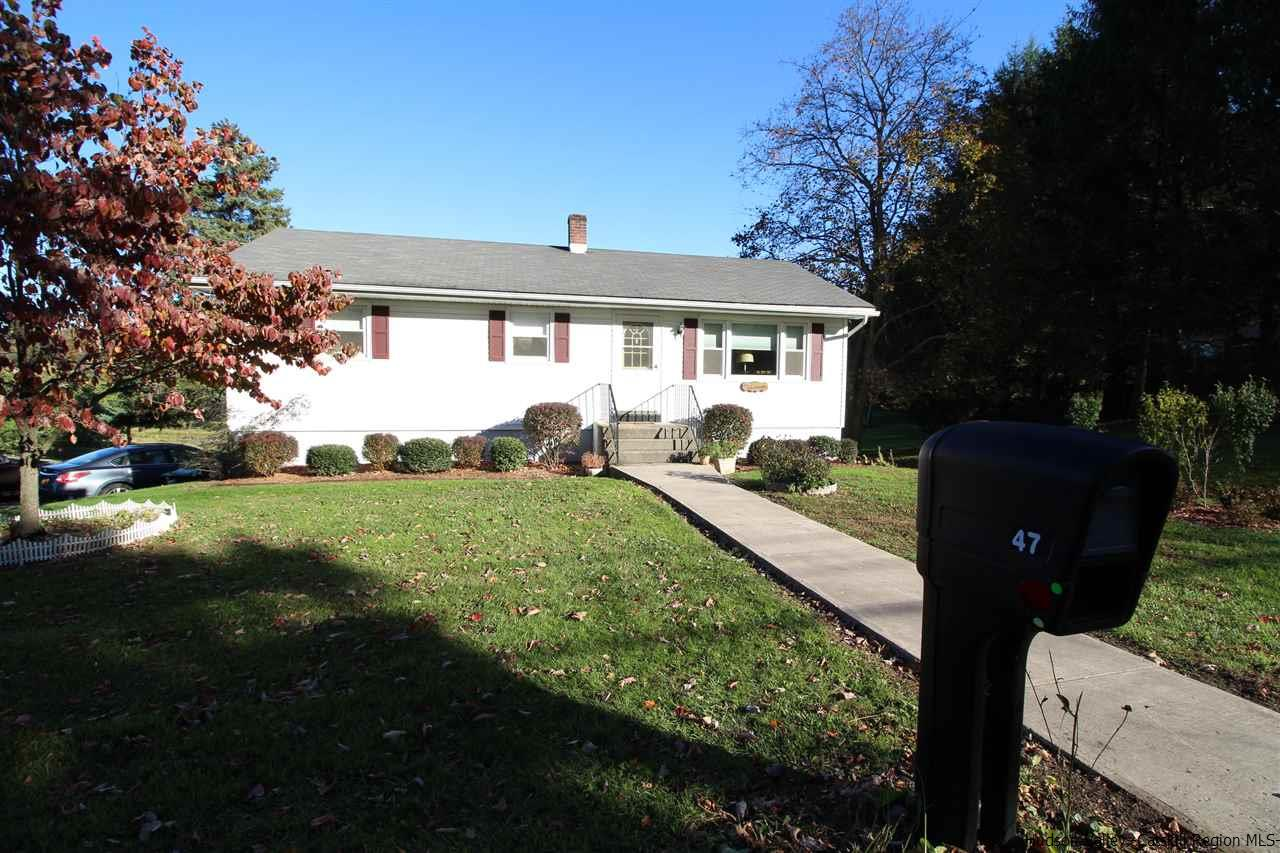 Single Family Home for Sale at 47 Hull Avenue 47 Hull Avenue Clintondale, New York 12515 United States