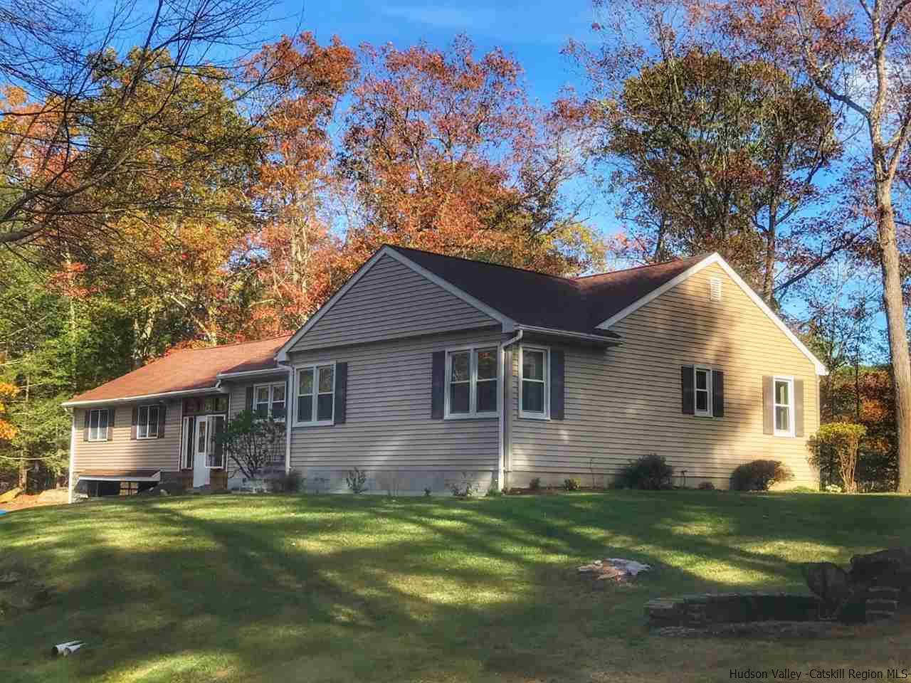 Single Family Home for Sale at 372 Stone Road 372 Stone Road West Hurley, New York 12494 United States
