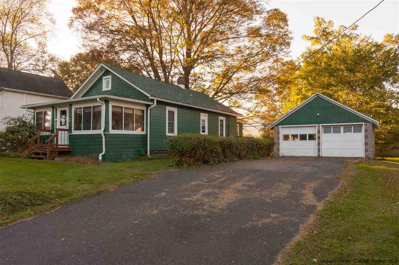 Single Family Home for Sale at 275 Springtown Road 275 Springtown Road New Paltz, New York 12561 United States