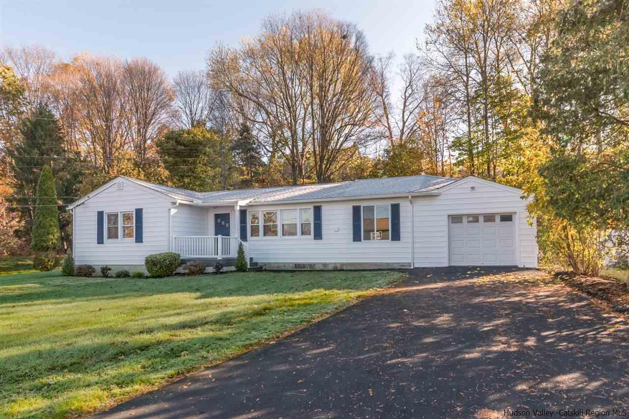 Single Family Home for Sale at 54 Carle Terrace 54 Carle Terrace Lake Katrine, New York 12449 United States