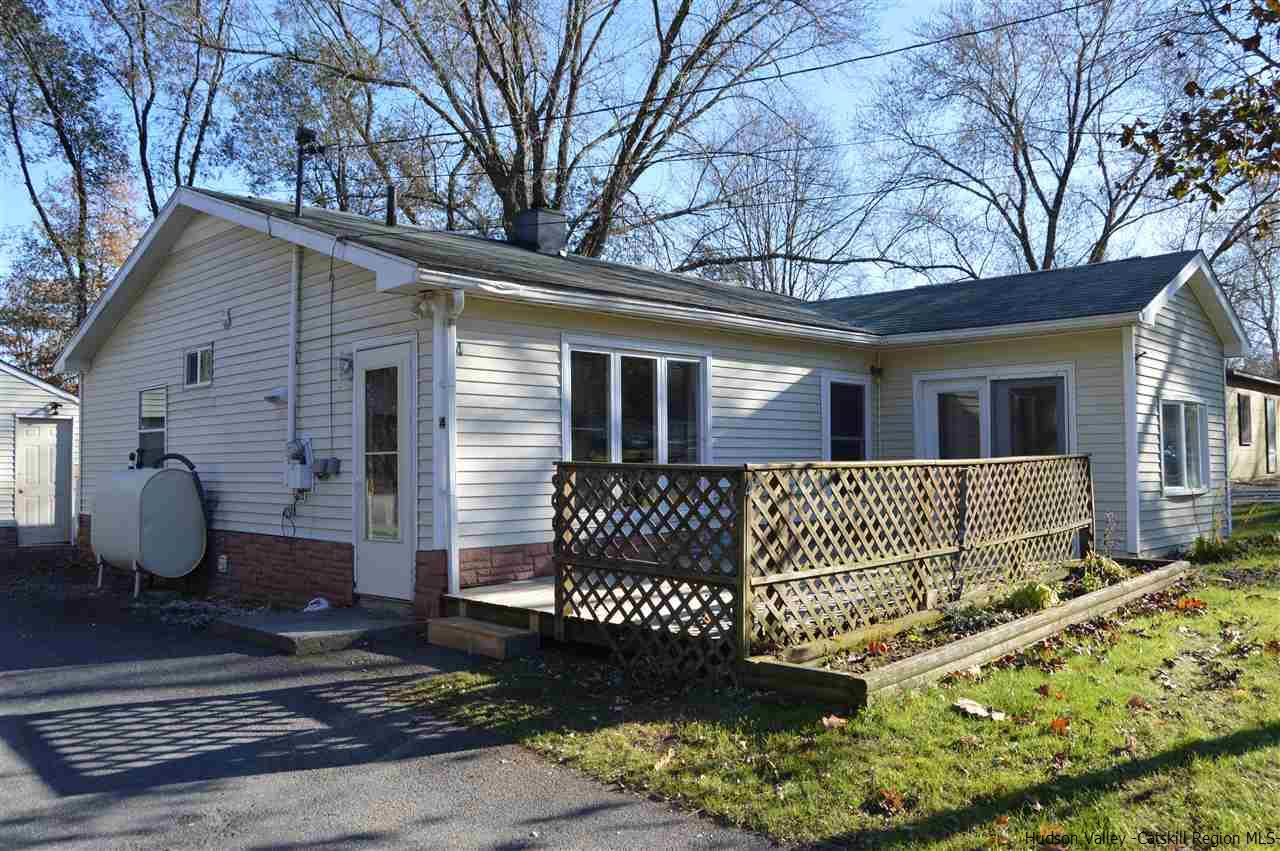 Single Family Home for Sale at 4 Town Road 4 Town Road Mount Marion, New York 12456 United States