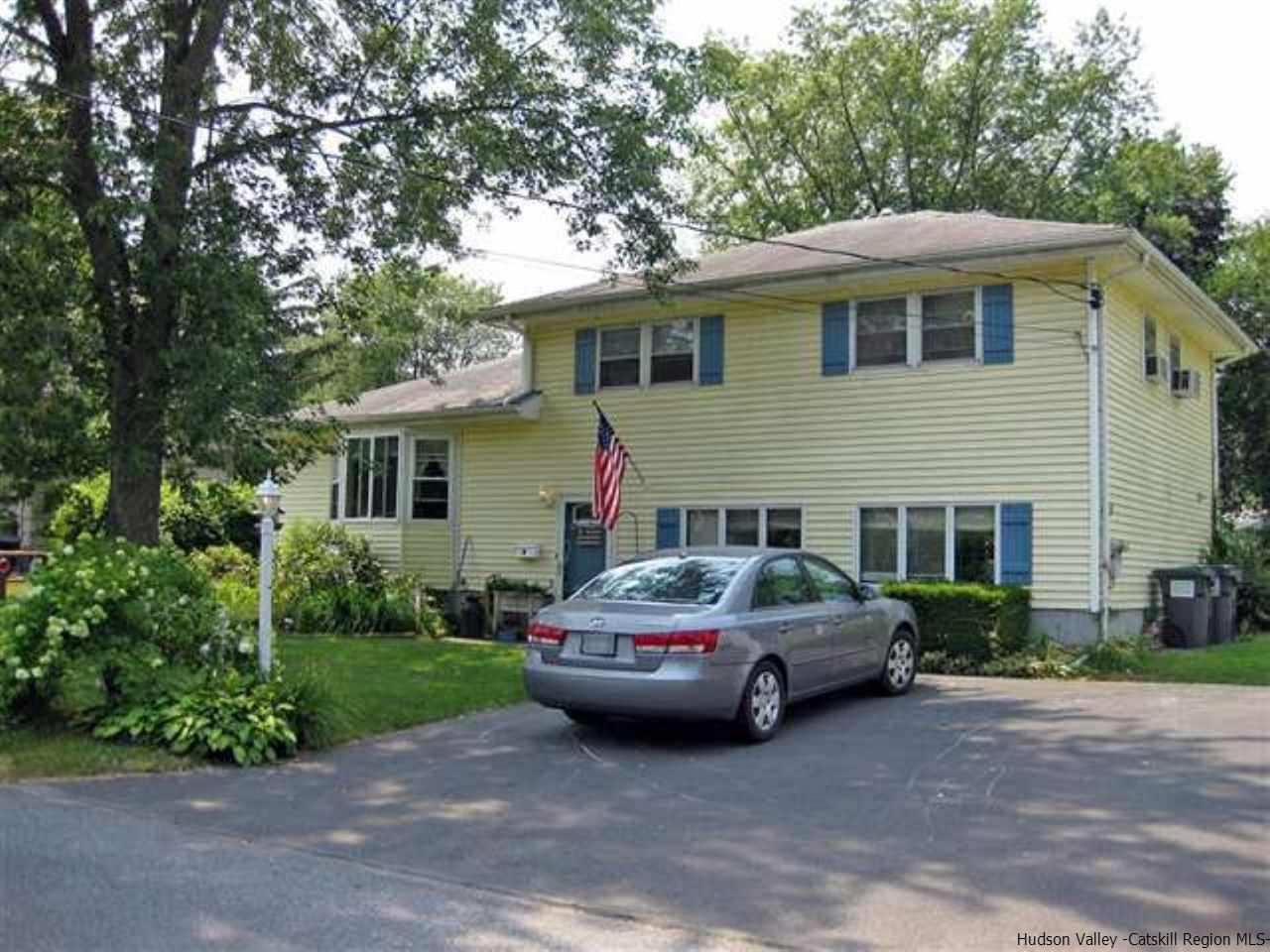 Single Family Home for Sale at 4 S Birchwood Drive 4 S Birchwood Drive Saugerties, New York 12477 United States