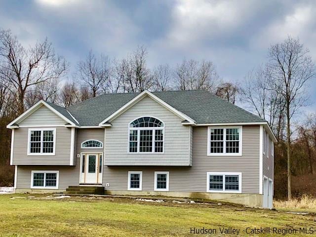 Single Family Home for Sale at 32 Evy Lane 32 Evy Lane Marlboro, New York 12542 United States