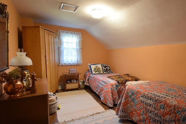 Additional photo for property listing at 416 Hapeman Hill Road 416 Hapeman Hill Road Red Hook, New York 12571 United States