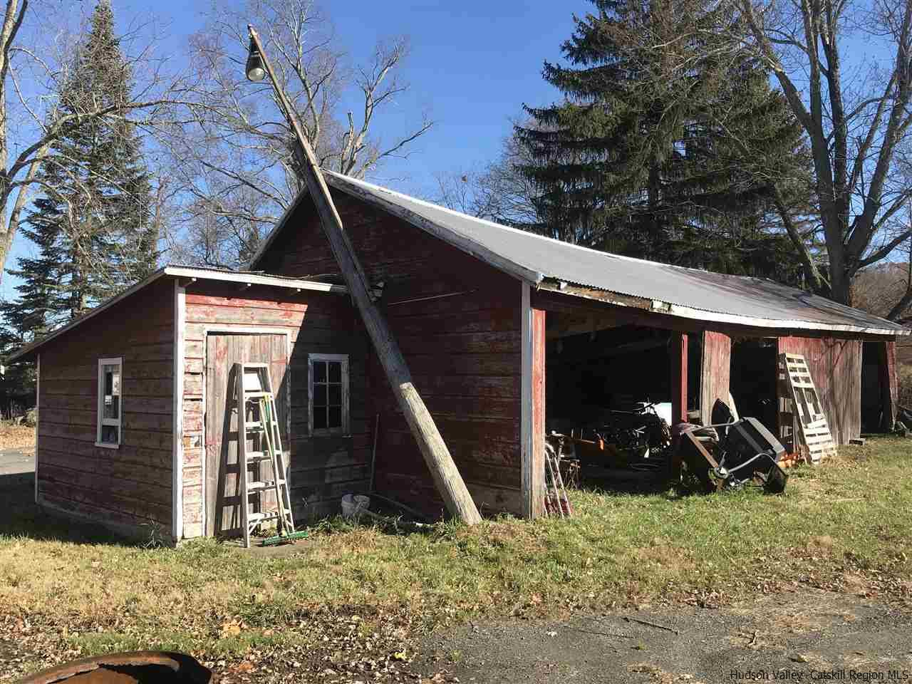 Additional photo for property listing at 1741 NYS Rte 32 1741 NYS Rte 32 Modena, New York 12548 United States