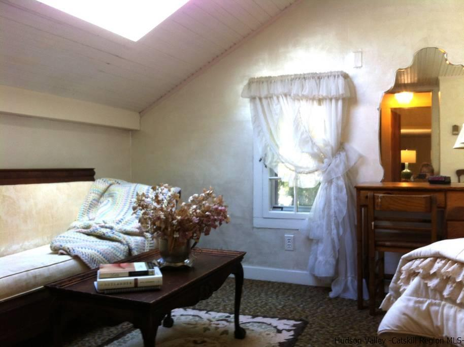 Additional photo for property listing at 1186 Glasco Tpke 1186 Glasco Tpke Saugerties, New York 12477 United States