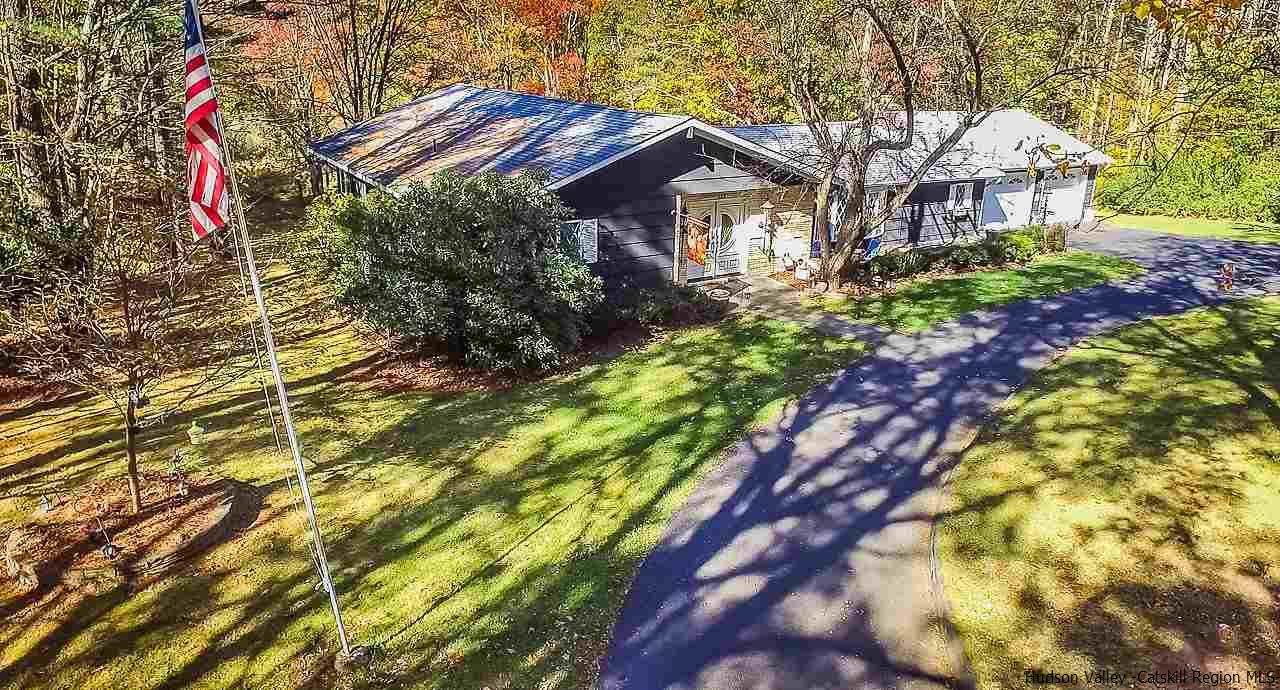 Additional photo for property listing at 157 Vanvlierden Road 157 Vanvlierden Road Saugerties, New York 12477 United States