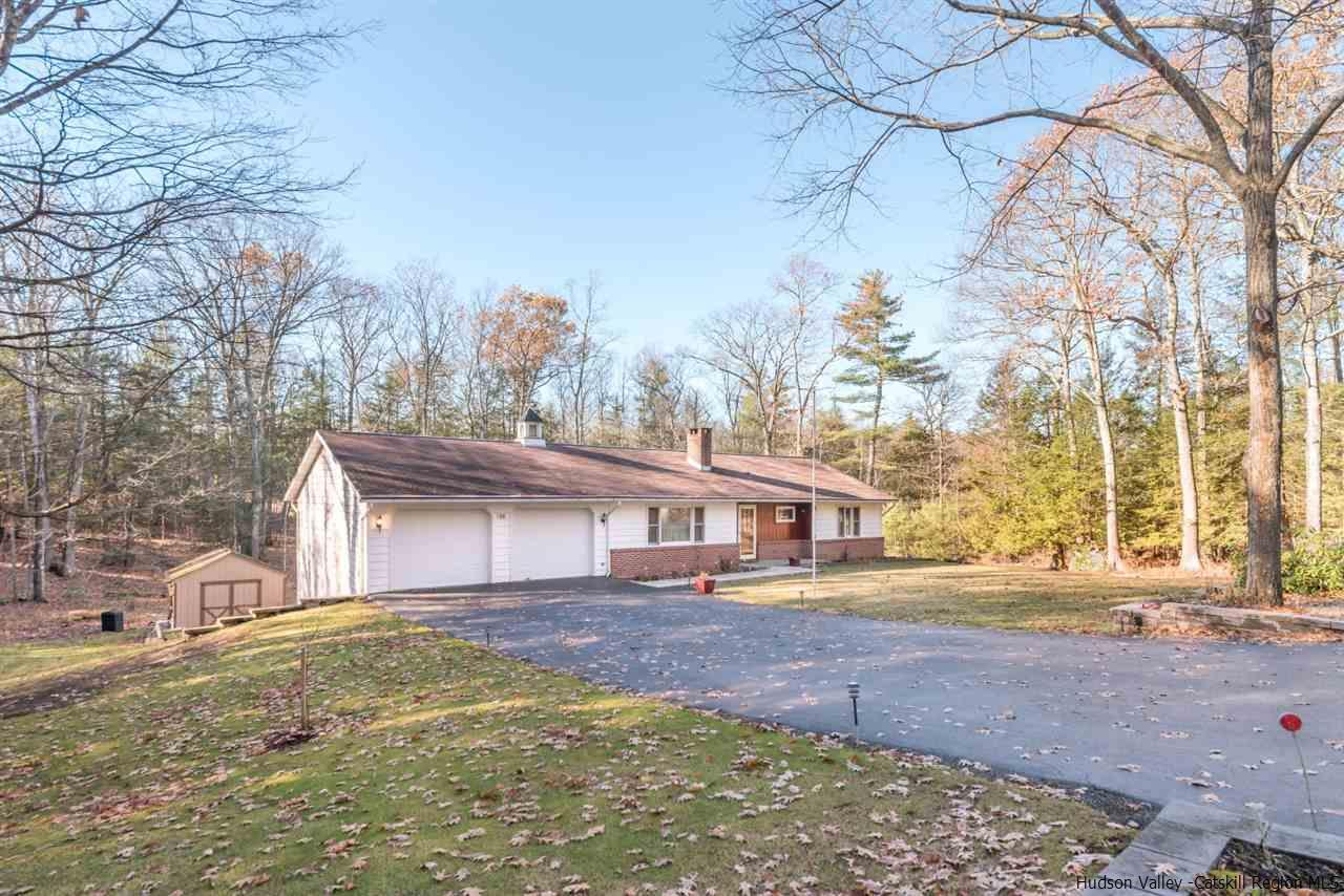 Single Family Home for Sale at 34 John Carle Road 34 John Carle Road Saugerties, New York 12477 United States