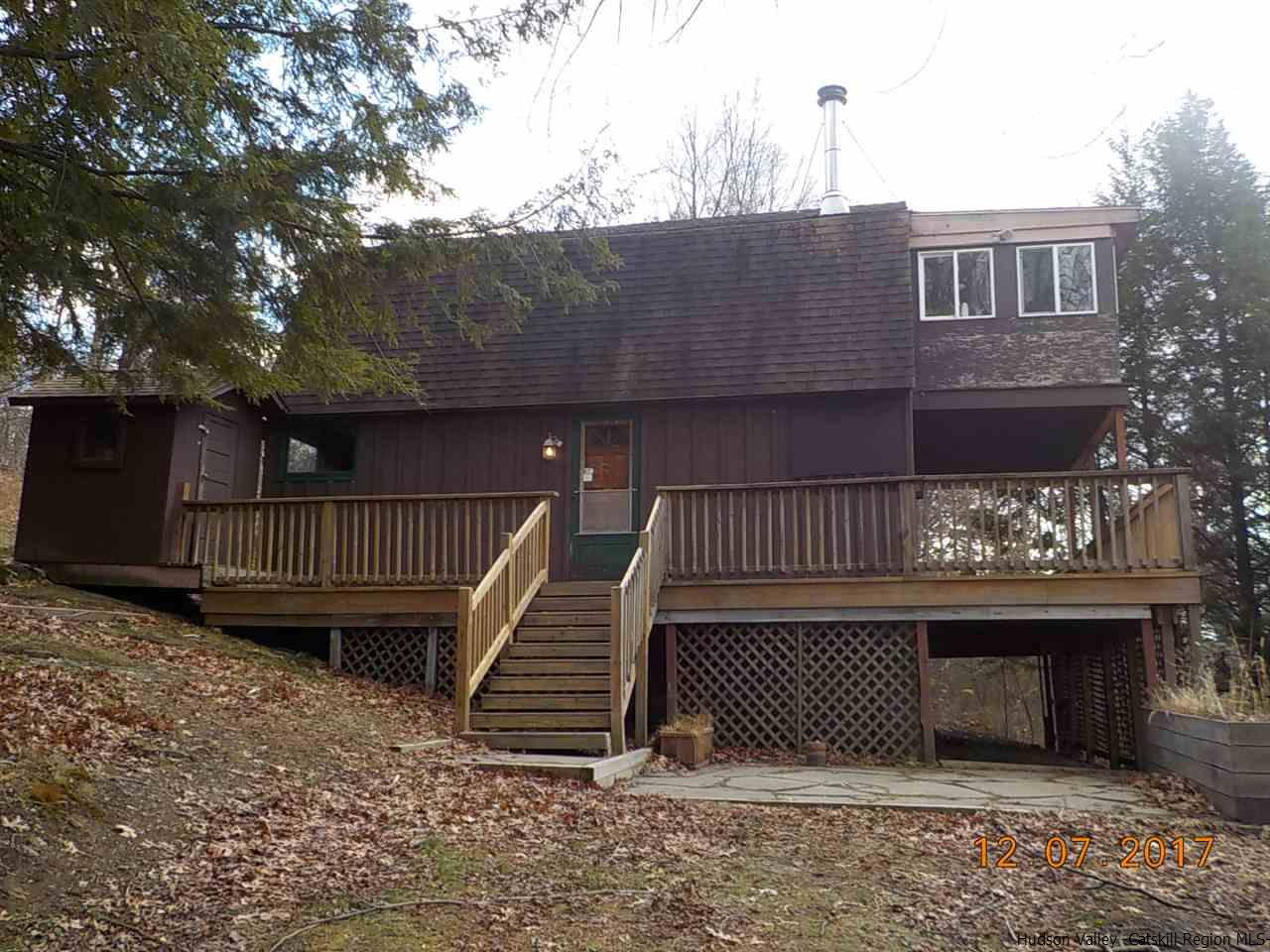 Single Family Home for Sale at 152 Berkshire Road 152 Berkshire Road Hillsdale, New York 12529 United States