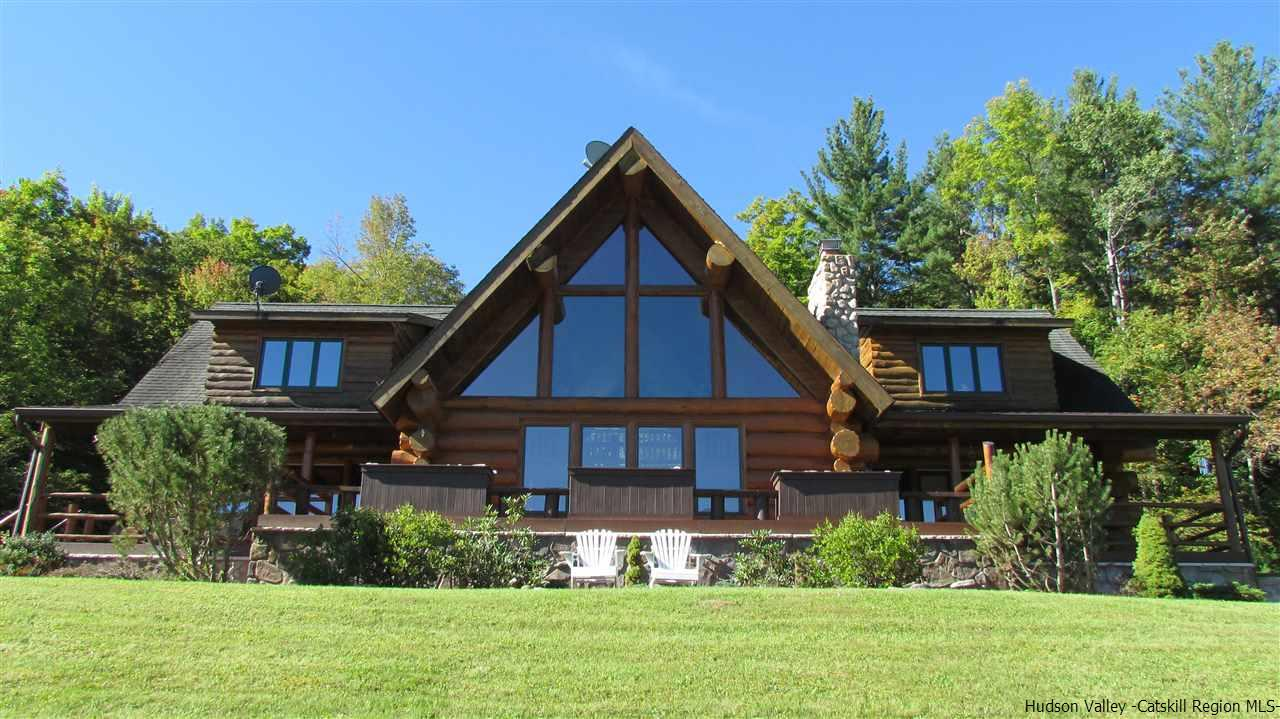 Single Family Home for Sale at 1260 Spruceton Road 1260 Spruceton Road West Kill, New York 12492 United States
