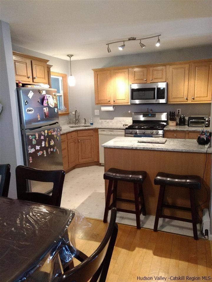Additional photo for property listing at 36 Vans Ter 36 Vans Ter Lake Katrine, New York 12449 United States