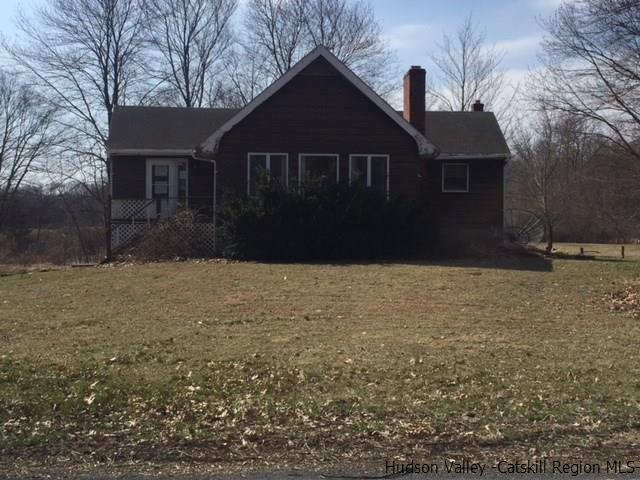 Single Family Home for Sale at 85 Nelson Hoff Road 85 Nelson Hoff Road Saugerties, New York 12477 United States