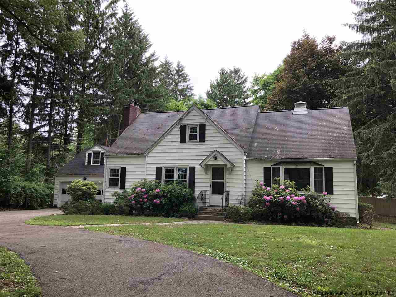 Single Family Home for Sale at 1335 Route 208 1335 Route 208 Wallkill, New York 12589 United States