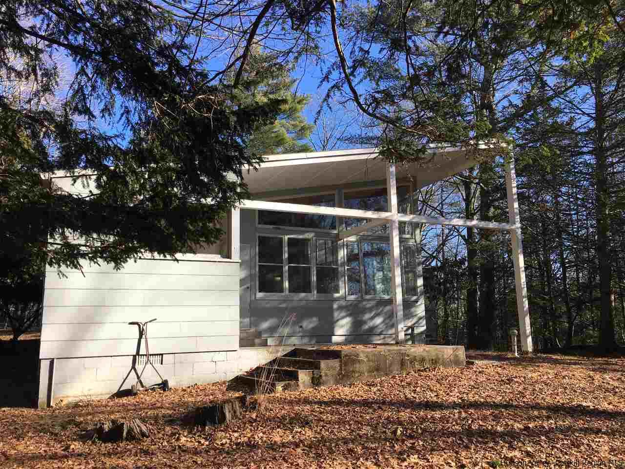 Additional photo for property listing at 262 UPPER BYRDCLIFF Road 262 UPPER BYRDCLIFF Road Woodstock, New York 12498 United States