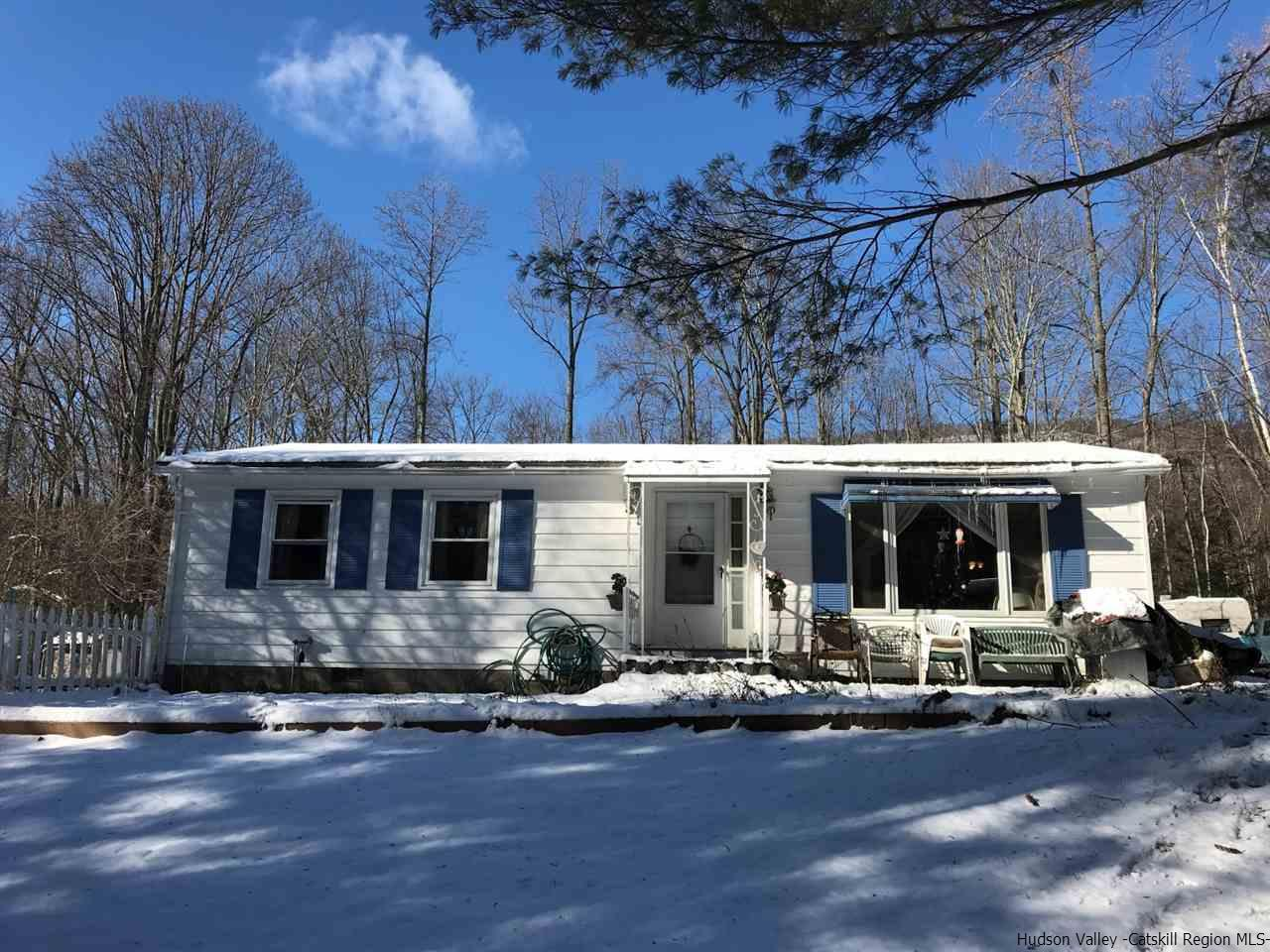 Single Family Home for Sale at 253 Bostock Road 253 Bostock Road Shokan, New York 12481 United States