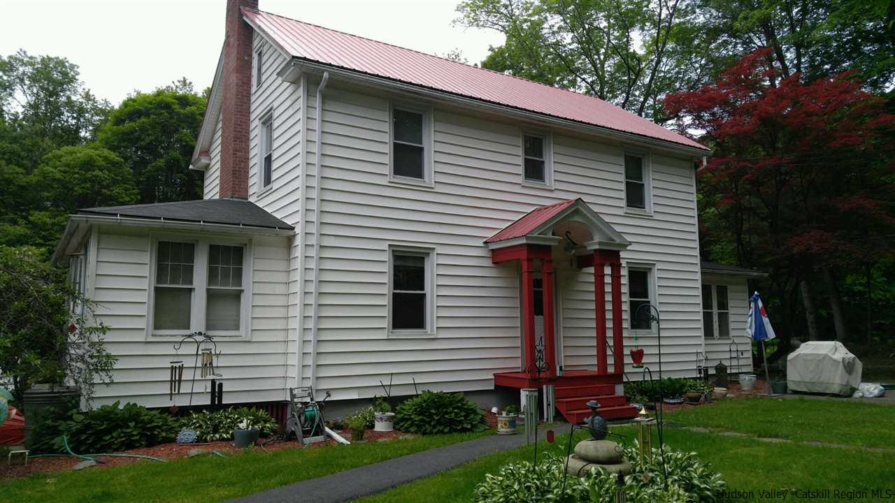 Single Family Home for Sale at 39 old mountain road 39 old mountain road Ellenville, New York 12489 United States