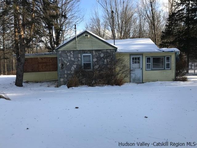 Single Family Home for Sale at 202 Rutsonville Road 202 Rutsonville Road Wallkill, New York 12589 United States