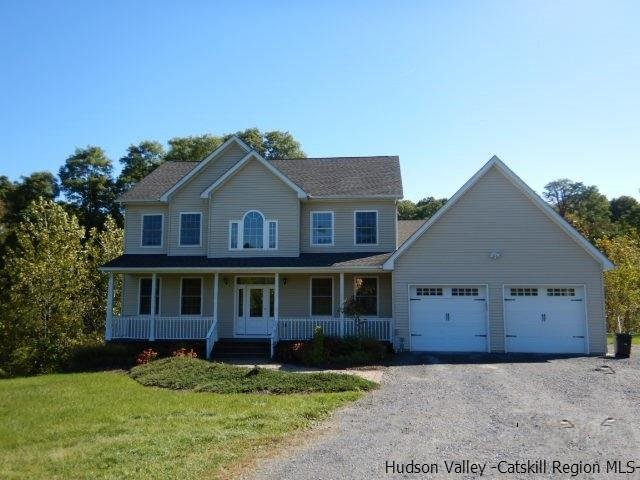 Single Family Home for Sale at 312 Old Post Road 312 Old Post Road Marlboro, New York 12542 United States