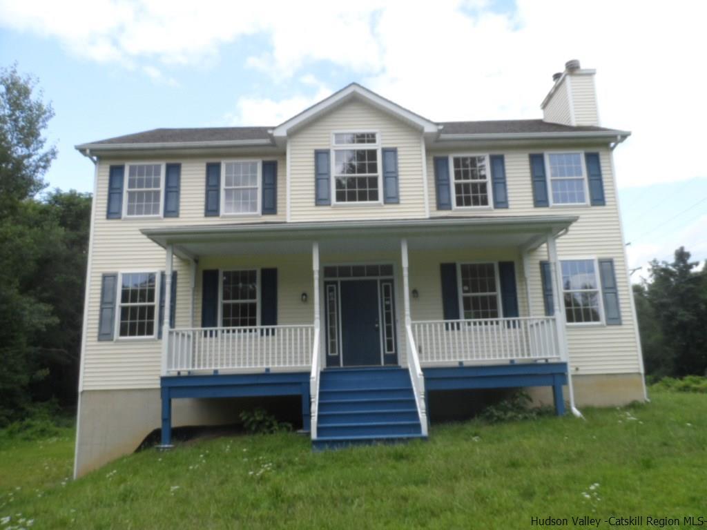 Single Family Home for Sale at 5 Margaret Lane 5 Margaret Lane New Paltz, New York 12561 United States