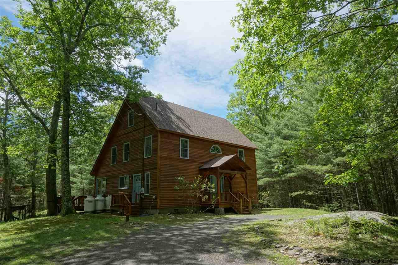 Single Family Home for Sale at 789 Lapla Road 789 Lapla Road Kingston, New York 12401 United States