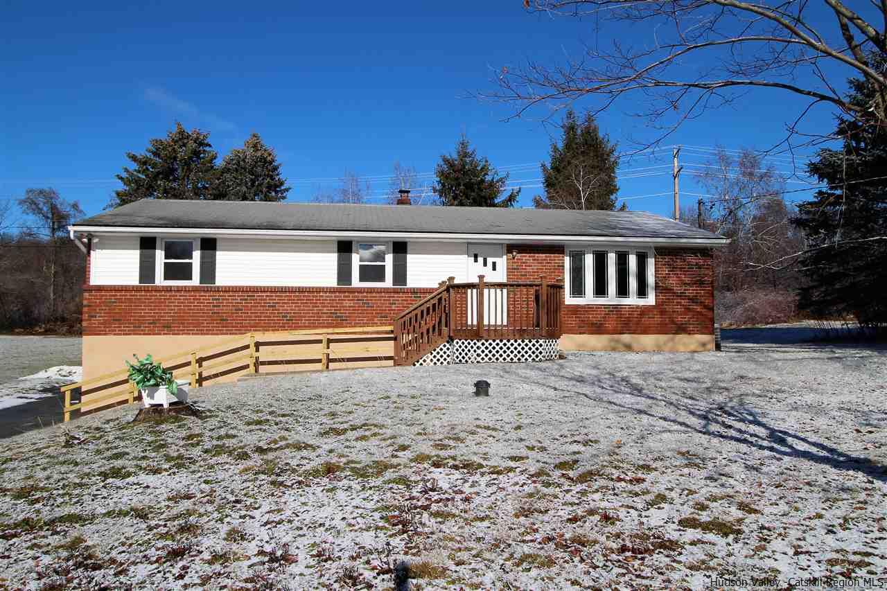 Single Family Home for Sale at 8 McLaughlin Drive 8 McLaughlin Drive Marlboro, New York 12542 United States