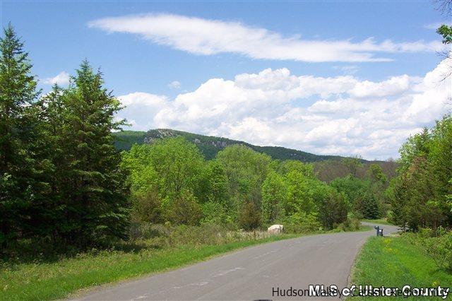 Single Family Home for Sale at 30 KLEINE KILL Drive 30 KLEINE KILL Drive New Paltz, New York 12561 United States