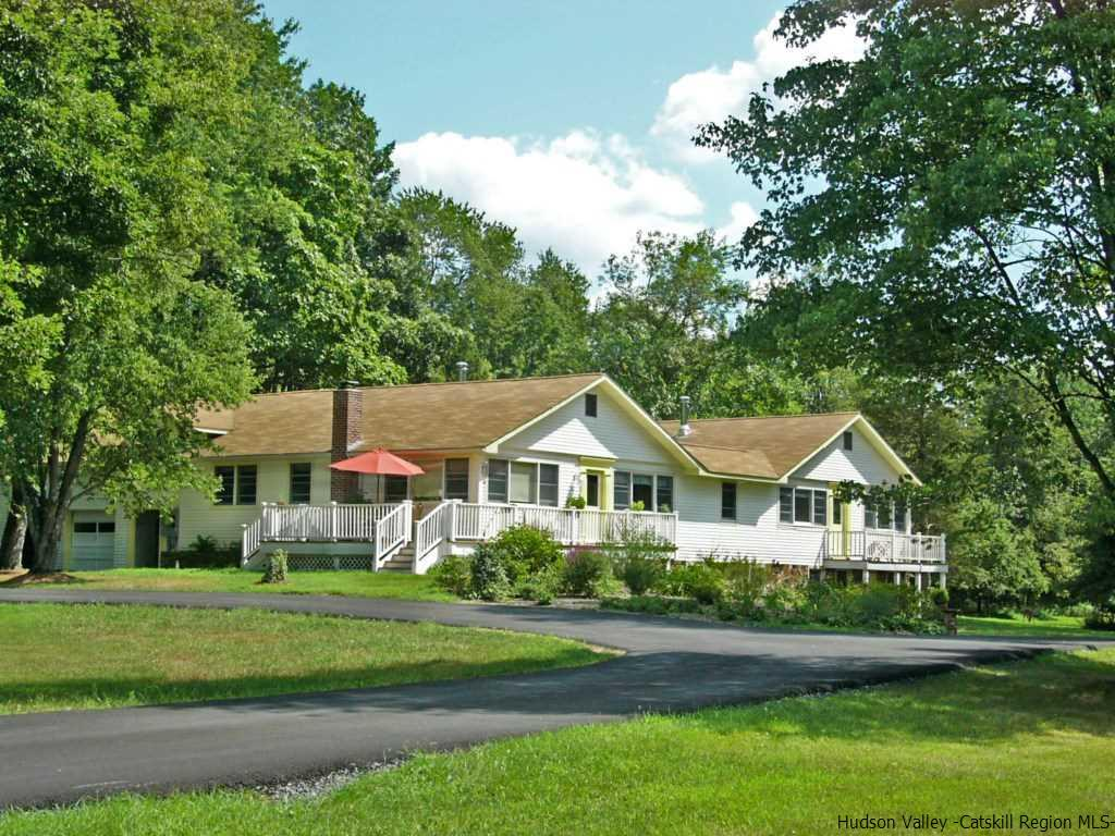 Two Family for Sale at 2781 New Prospect Road 2781 New Prospect Road Pine Bush, New York 12566 United States