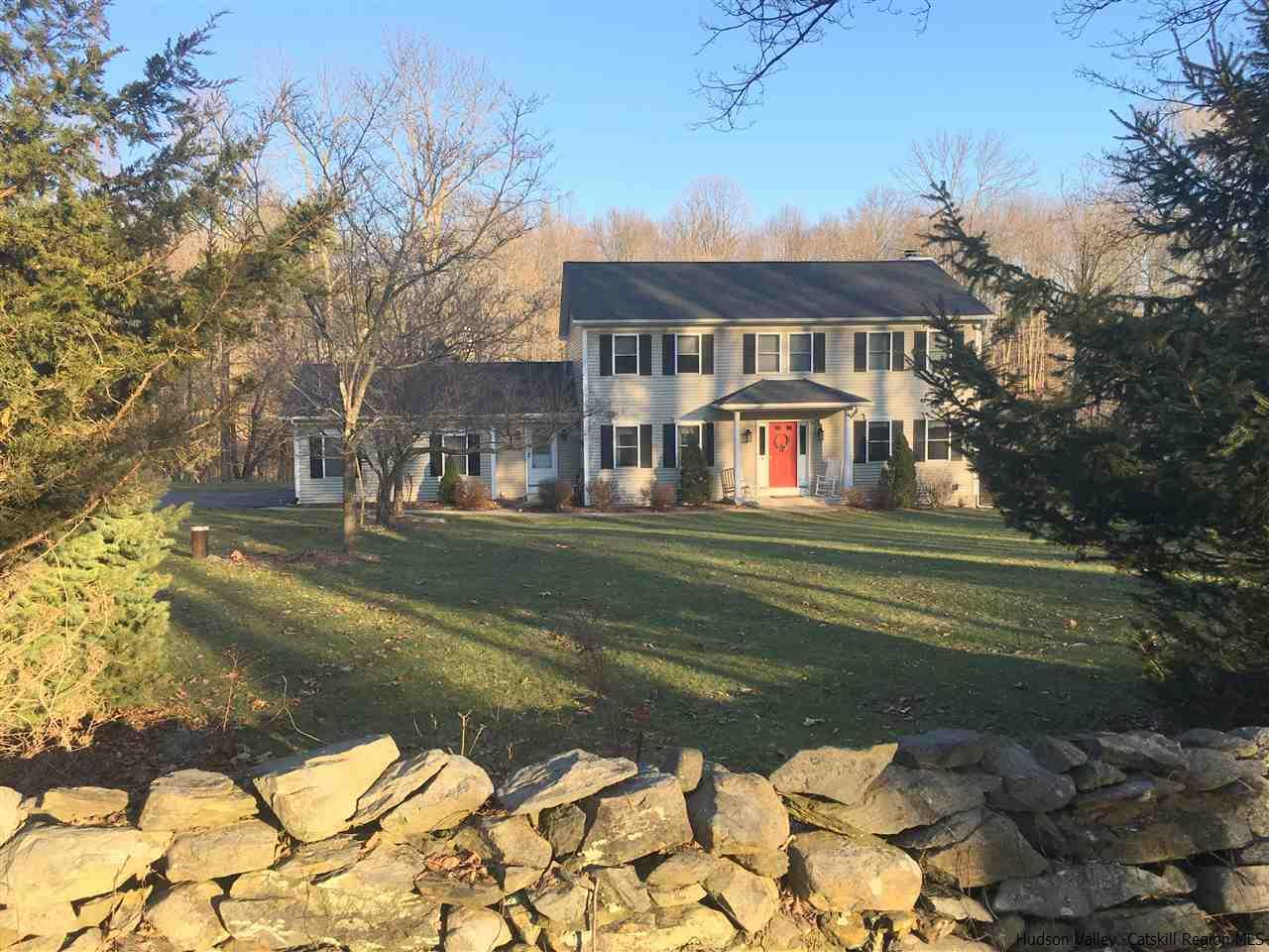 Single Family Home for Sale at 533 Ackert Hook Road 533 Ackert Hook Road Rhinebeck, New York 12572 United States