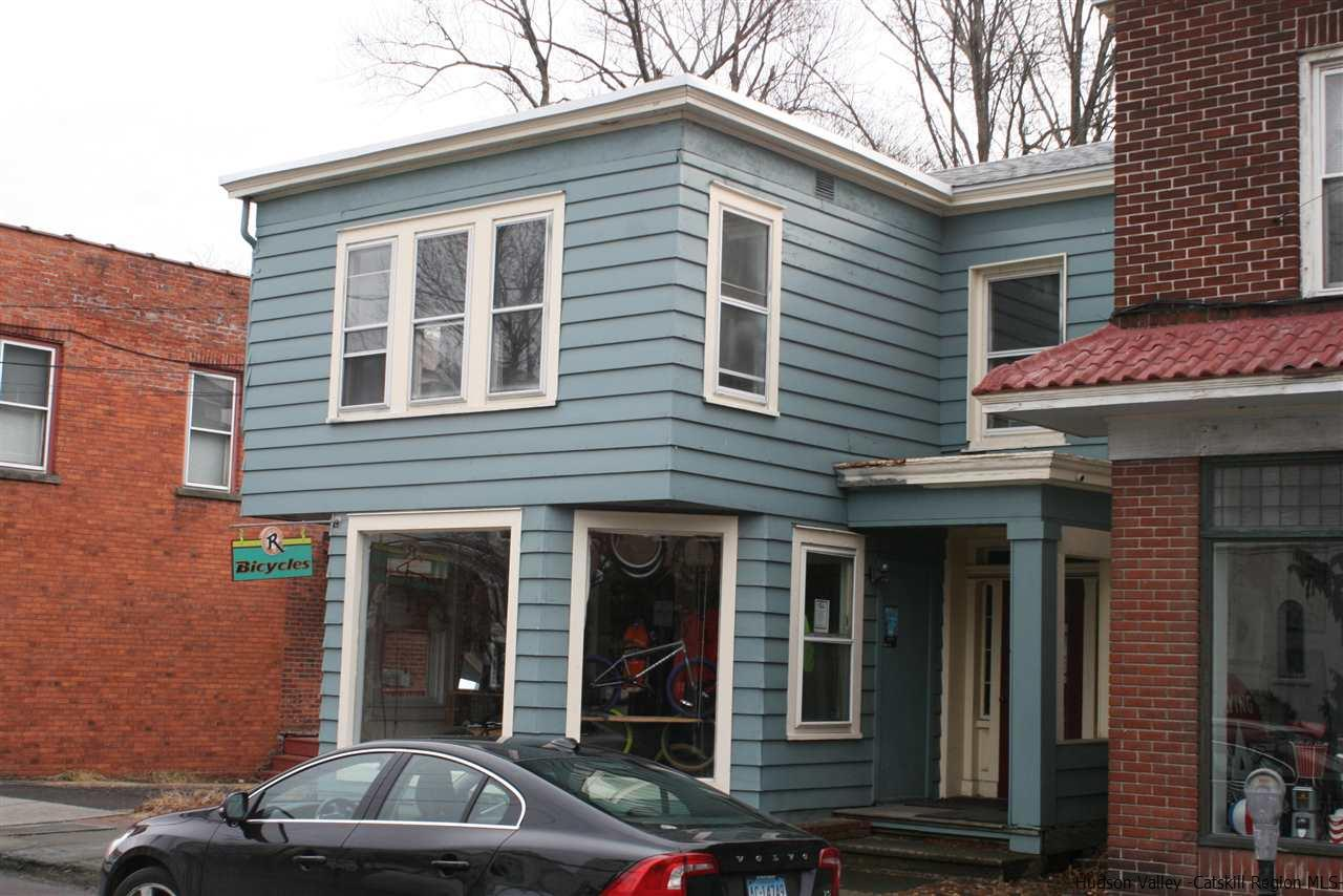 Single Family Home for Rent at 190 Main Street 190 Main Street Saugerties, New York 12477 United States