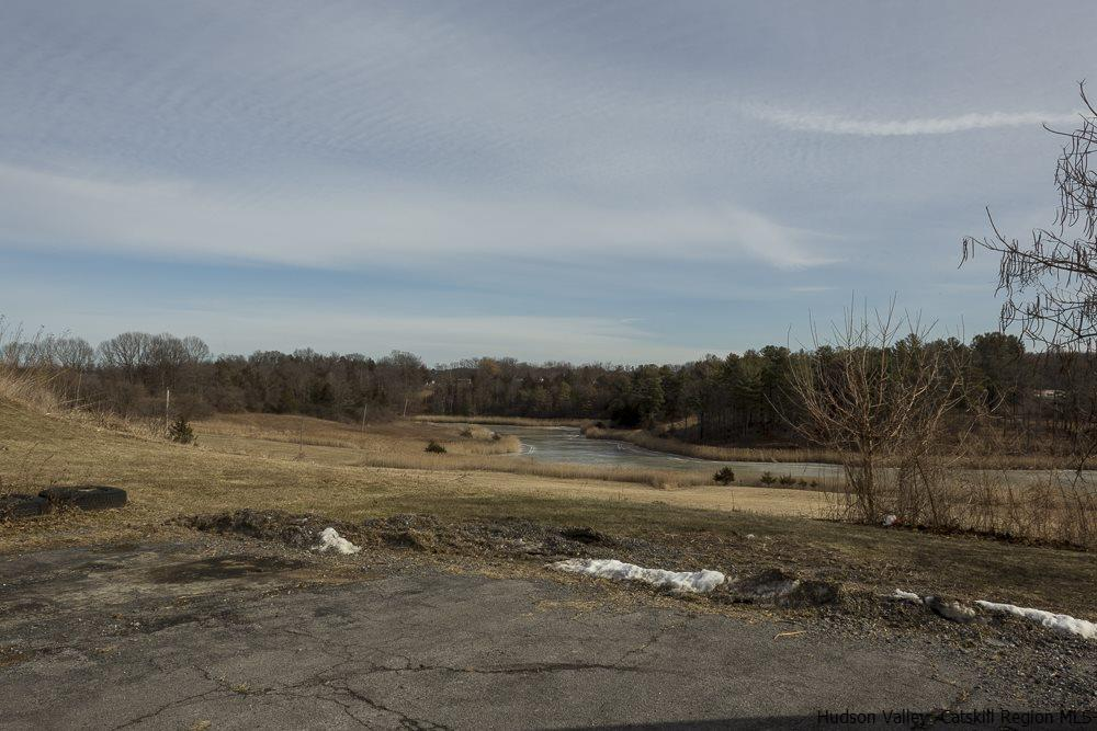 Additional photo for property listing at 7256 US-9W 7256 US-9W Catskill, New York 12414 United States