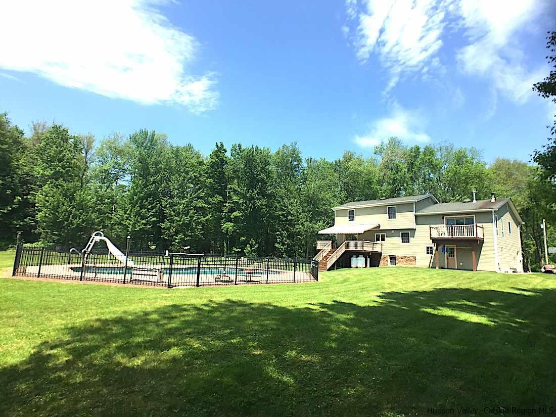 Additional photo for property listing at 188 Quaker Street 188 Quaker Street Wallkill, New York 12589 United States