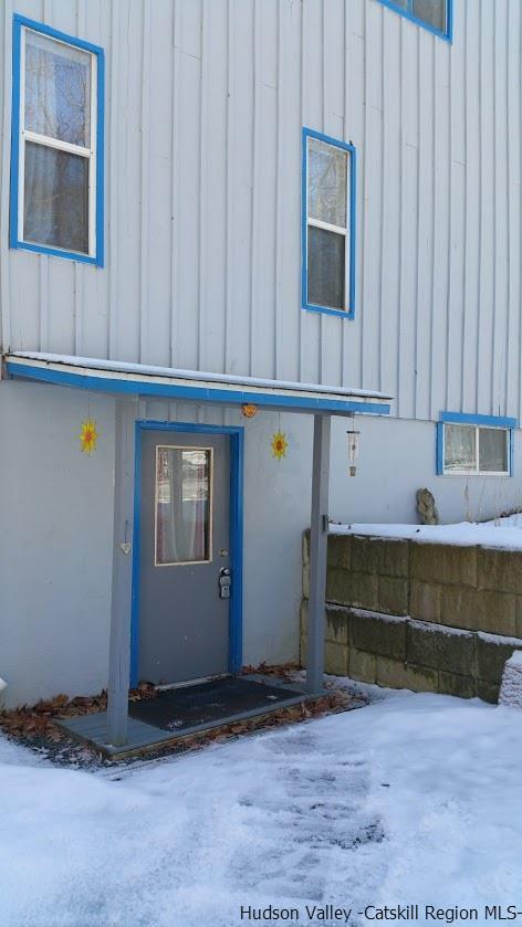 Apartment for Rent at 14 Van Kleeck Avenue 14 Van Kleeck Avenue New Paltz, New York 12561 United States