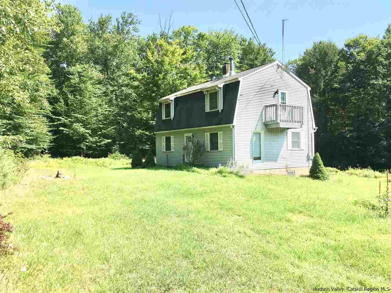 Single Family Home for Sale at 152 Aldrich Road 152 Aldrich Road Spring Glen, New York 12483 United States