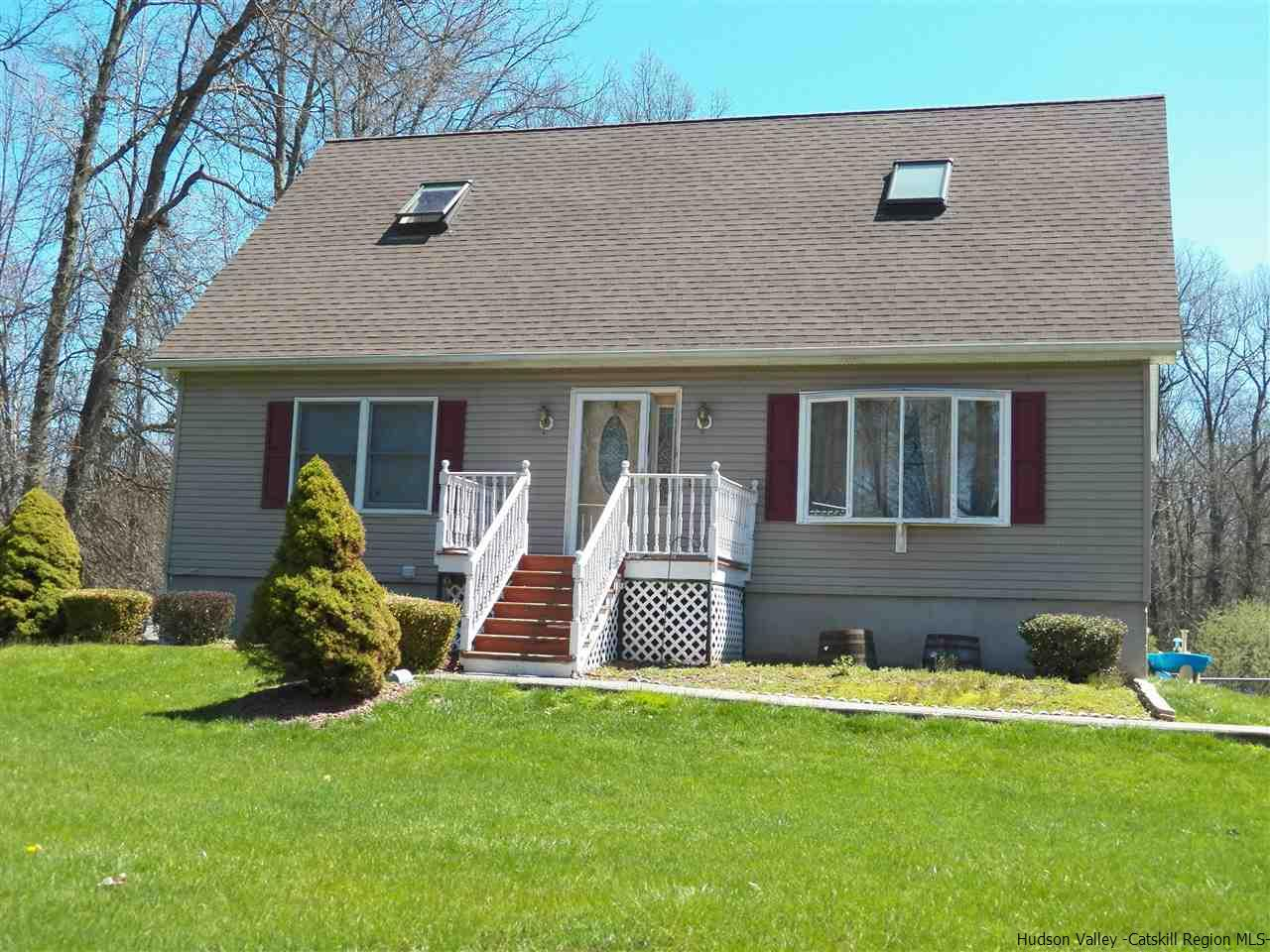 Single Family Home for Sale at 34 Rudolph Road 34 Rudolph Road Modena, New York 12568 United States