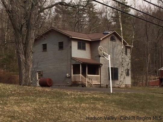 Single Family Home for Sale at 348 Old Route 28 348 Old Route 28 Glenford, New York 12433 United States