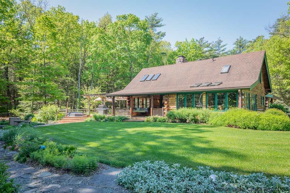 Single Family Home for Sale at 42 Catalpa Lane 42 Catalpa Lane Accord, New York 12404 United States